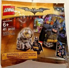 LEGO The Batman Movie - Batman & Bat Signal #5004930 New-In-Bag Fast Shipping