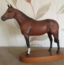 BESWICK HORSE THOROUGHBRED RACEHORSE ON WOODEN PLINTH  No 1772 vgc
