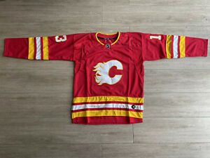 Calgary Flames Jersey Size Large Red #13 #Gaudreau