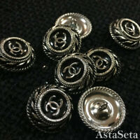Seven  Authentic Chanel Buttons  cc 💋💋💋 7 pieces medium 22 mm