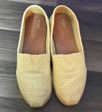 Toms Yellow Perforated Shoes Freetown Sz 9