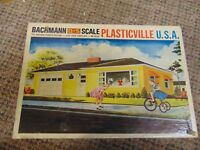 Bachmann, Plasticville, Ranch house, #1852, used, in box, very good condition