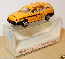 WIKING HO 1/87 VW VOLKSWAGEN PASSAT VARIANT SICHERHEIT VOITURE SECURITE IN BOX
