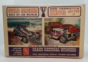 "AMT Two Grand National Winners - King ""T"" & Wild Dream 1:25 Model Kit Opened"