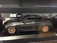 BMW M4 GTS / Grau matt 1:18