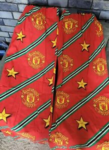 """Retro/Vintage Official Manchester United Curtains 66""""x 54"""""""
