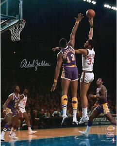 "Kareem Abdul-Jabbar Milwaukee Bucks Autographed 16"" x 20"" Sky Hook Photograph"
