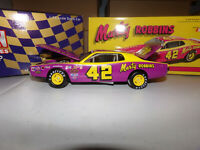 1/24 MARTY ROBBINS #42 1974 DODGE CHARGER ACTION NASCAR DIECAST