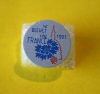 Pin's lapel pin LE BLEUET de FRANCE Anciens Combattants 1991