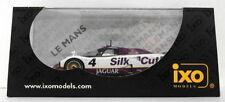 Véhicules miniatures IXO pour Jaguar 1:43
