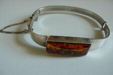 Ancien bracelet en argent massif poinçonné et ambre