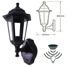 HiSpec Caspian E27 LED Traditional Lantern Coach Photocell Sensor Outdoor Light