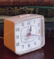"""GENERAL ELECTRIC PLUG IN DESK CLOCK ALARM CREAM PLASTIC VINTAGE 3"""" SQUARE c.60's"""