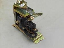 #679 General Electric IC2820-A100EH19E Relay 300Vdc Coil