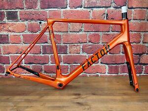 Factor O2 Burnt Orange 56cm Disc Brake Carbon Frameset 700c Ceramicspeed 1635g