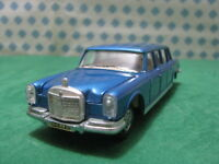 Vintage  -  Mercedes-BENZ 600 Pullman with driver    -  1/43  Dinky toys 128