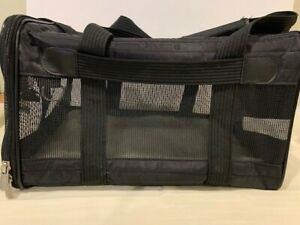 Sherpa Original Deluxe Soft Sided Black Airline Approved Dog/Cat Pet Carrier