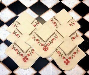 "Vtg Handmade Farmhouse Cream Scalloped Red Cross Stitched Cotton Napkins 13"""