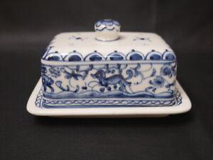 WILLIAMS SONOMA AZULEJO BLUE & WHITE covered BUTTER DISH