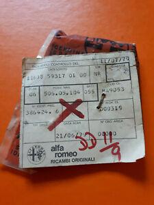 CLASSIC ALFA ROMEO ALFETTA SEDAN 1.6/1.8 REAR WINDSCREEN METAL CORNERS UPPER X2