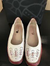 "Lovely PADDERS ""Mull"" Red & White Leather Shoes"