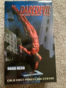 Daredevil A Man Without Fear Cold Cast Porcelawn Statue Limited Edition Of 1000