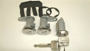 New Door And Ignition Lock Set And Keys Freightliner & Ford Sterling Truck