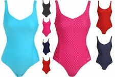 Lycra Patternless Swimming Costumes for Women