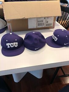 Team Issued Texas Christian TCU Horned Frogs Baseball Hat New Size 7