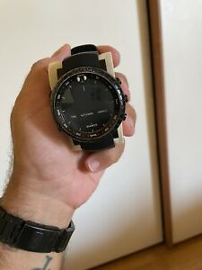 Suunto Core All Black 49.1mm Cassa di Composito Nera, Cinturino di Elastomero...
