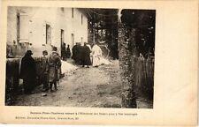 CPA  - Derniers Peres Chartreux entrant a l Hotellerie des Dames (210264)