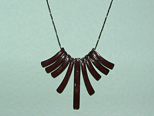 """ART DECO STYLE STUNNING RED BROWN ENAMEL FAN TOOTH PENDANT BLACK CHAIN 16""""+"""