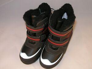 """Boys Black & Red Waterproof  """"Totes"""" Fleece Lined Julian II  Boots Size 9 (US)"""