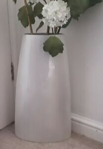 Solid Metal Floor Vase Gray/Silver Decorative table Modern flower Art Home decor