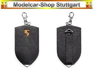 Porsche Schlüsseltasche aus Rindsleder mit Metall-Porsche Wappen außen - schwarz