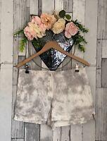 💕Ladies NEXT Shorts Size 10 White Grey Bottoms Zara H&M ASOS Gap🌿
