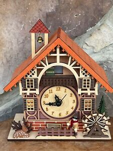 Creative Wooden Carved Cuckoo Clock Battery-operated Lighted Musical  Table Top