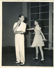 RITA HAYWORTH DANCES CIRCLES AROUND FRED ASTAIRE - 1942 PHOTO IN VERY GOOD++ CON