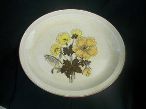 Poole SHERWOOD. Oval Meat Dish. Diameter 13¼ x 11¼ inches.