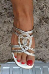 Ladies Womens Sandals Size 5.5 Pale Gold Leather Open Toe Flat Low Heel CLARKS K