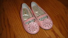 BOUTIQUE ME TOO GIRLS 7.5 PINK FLOWER SHOES