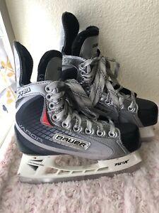 Size 3 CCM Bauer Vapor Ice Hockey