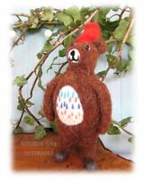 GISELA GRAHAM Christmas felt bear with red hat quirky retro vintage style