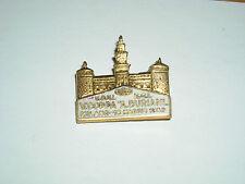 pin spilla distintivo coni ginnastica atletica milano 1952 castello sforzesco