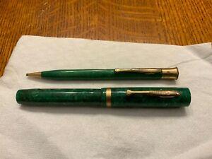 Sheaffer jade Lifetime large flat top pencil & fountain pen set.white dot