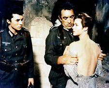 GUNS OF NAVARONE TWO GREAT PHOTOS GREGORY PECK ANTHONY QUINN GIA SCALA