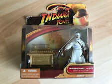 "figurines indiana jones figurines 2008 hasbro neuf ""indiana jones with ark"" arch"