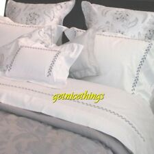 Yves Delorme Laurier White Grey Embroidered Laurel 2 Euro Shams Cotton New $400