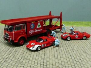 1/87 Brekina Fiat Renntransporter Alfa mit 2 PKW + 4 Figuren 58477