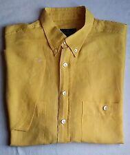 Klassische Kurzarm Herrenhemden mit Button-Down-Kragen aus Leinen